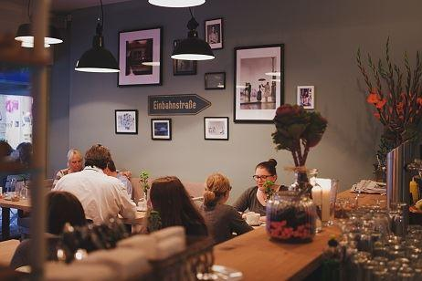 Die Apotheke Café Restaurant Tagesbar
