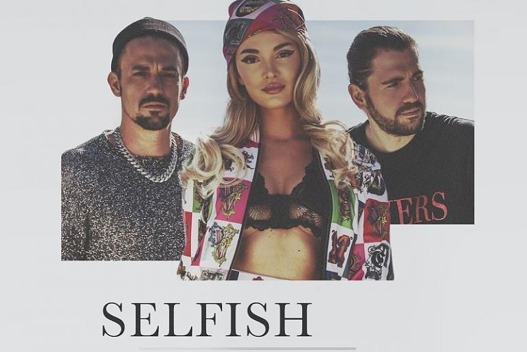 "Pop-Hymne ""SELFISH"""